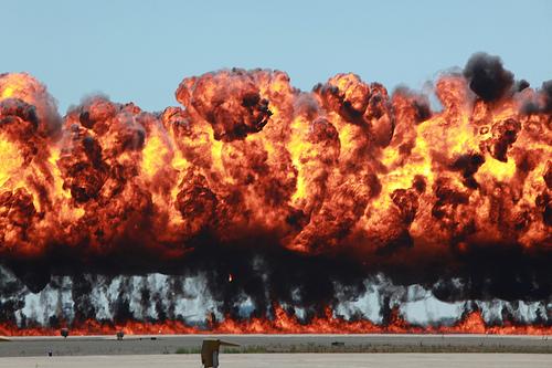Marines 'ignite' 2011 Miramar air show audiences